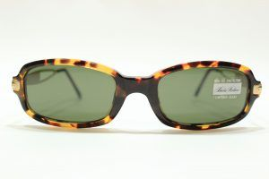 Gafas de sol vintage estilo zafari